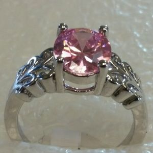 Pink topaz set in silver .925